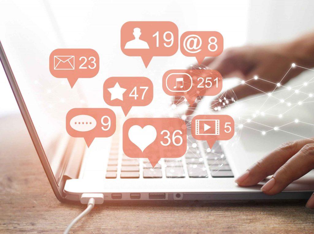 Social_Media_Heads_On_Pillows_Blog